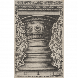 Modelo para capitel y basa sobre un fondo de arabescos